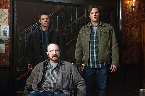http://authorbobfreeman.files.wordpress.com/2010/03/supernatural-dmdwp2.jpg